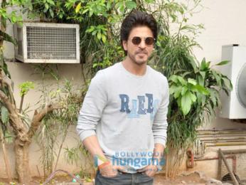 Shah Rukh Khan promotes 'Raees' at Mehboob Studio