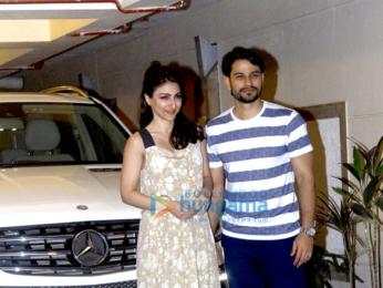 Soha Ali Khan, Kunal Khemu and Harshvardhan Kapoor snapped post dinner at Kareena Kapoor Khan & Saif Ali Khan's house