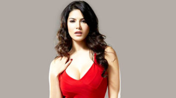 """Shah Rukh Khan Inspires Me To Work Harder"" Sunny Leone vid"