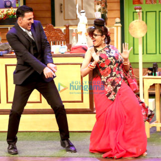 Akshay Kumar & Huma Qureshi promote 'Jolly LLB 2' on The Kapil Sharma Show