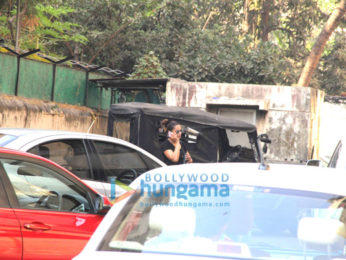Bipasha Basu snapped at her gym in Bandra