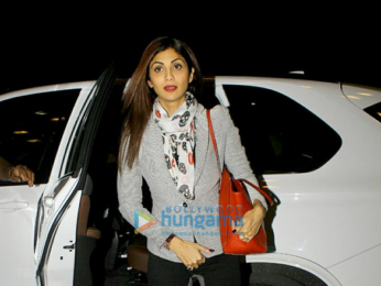 Deepika Padukone and Shilpa Shetty snapped at the airport