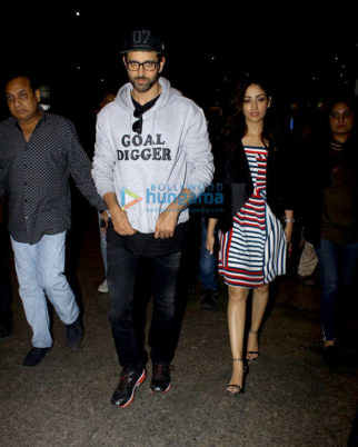 Hrithik Roshan, Katrina Kaif, Alia Bhatt, Sushmita Sen and others at airport last night