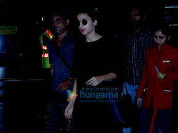 Hrithik Roshan, Katrina Kaif, Alia Bhatt, Sushmita Sen and others at airport last night