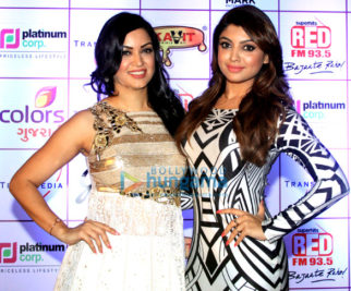Jitendra, Maryam Zakaria, Akanksha Puri & others grace 16th Annual Transmedia Gujarati Screen & Stage Awards 2016