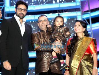 Ranbir Kapoor, Hrithik Roshan, Yuvraj Singh and others grace the 'Bright Awards 2017'