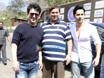 Varun Dhawan, David Dhawan and Sajid Nadiadwala at Judwaa 20th year media meet