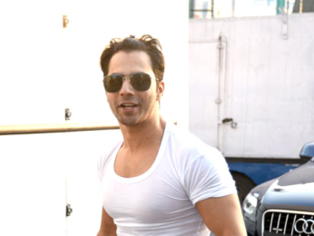 Varun Dhawan snapped as he arrives for Lakme Fashion Week
