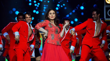 Kareena Kapoor Khan sets the stage on her with her first performance post pregnancy