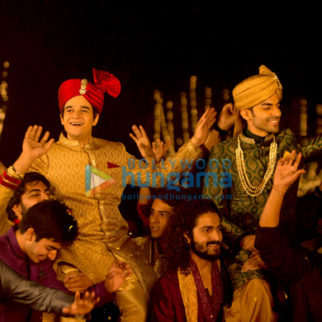 Movie Stills Of The Movie Laali Ki Shaadi Mein Laddoo Deewana