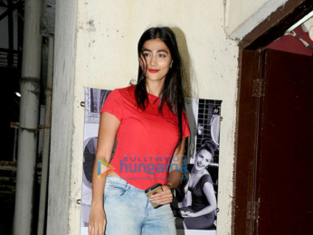 Pooja Hegde snapped post screening of 'Lion' at PVR, Juhu