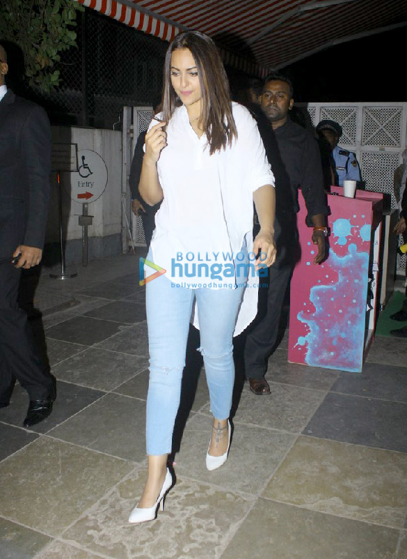 Sonakshi Sinha snapped post dinner at 145 bistro