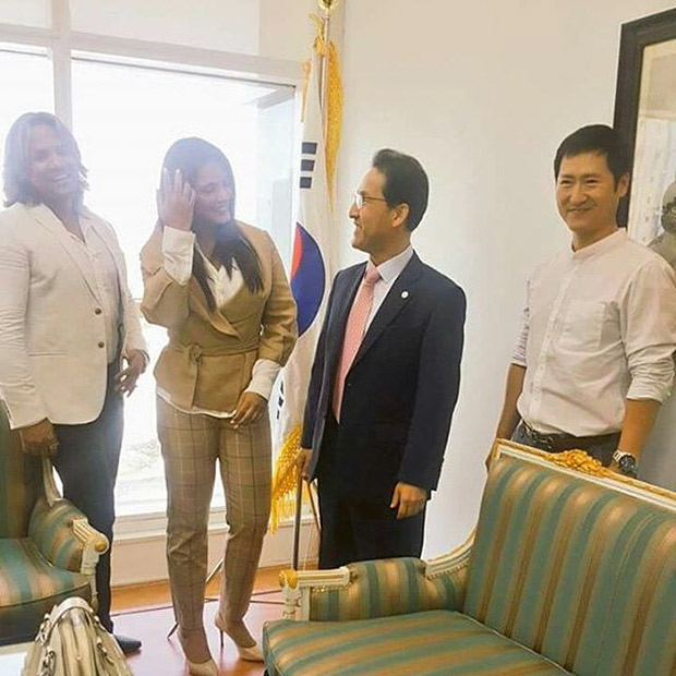 Check out Neetu Chandra meets represents from Consulate General of the Republic of Korea 2