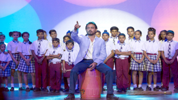 Check out: Irrfan Khan shoots with kids from Katputli colony