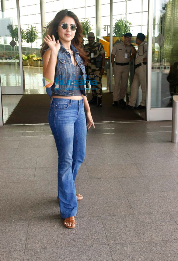 Yami Gautam, Rhea Chakraborty and others snapped at the airport