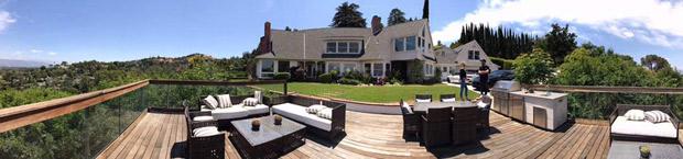 WOW! Here's a sneak peek into Sunny Leone's new fancy house