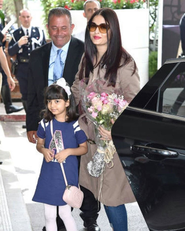 Aishwarya Rai Bachchan arrives at Cannes in style with daughter Aaradhya Bachchan-2