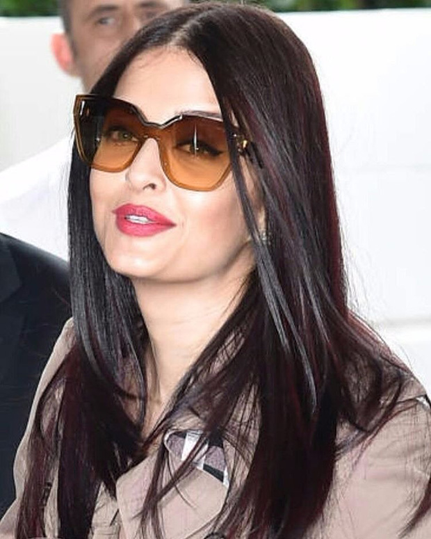 Aishwarya Rai Bachchan arrives at Cannes in style with daughter Aaradhya Bachchan-3