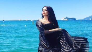 Aishwarya Rai Bachchan is a beauty in black -4