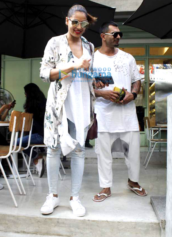 Bipasha Basu and Karan Singh Grover on lunch date at Kitchen Garden