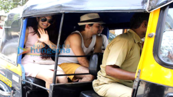 Check out Jacqueline Fernandez enjoys rickshaw ride with friends ahead of hosting Justin Bieber 1