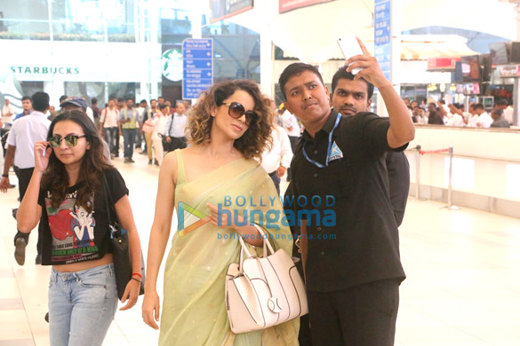 Kangna Ranaut snapped while returning from Banaras