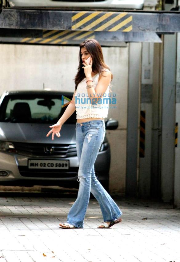 Kriti Sanon snapped at Maddock's office