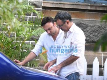 Rajkumar Hirani snapped on the sets of 'Sanjay Dutt's Biopic' in Mumbai