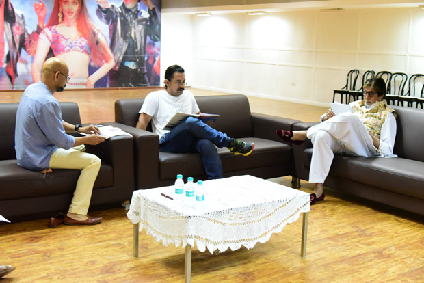 SPOTTED: Amitabh Bachchan and Aamir Khan in a serious script reading session for Thugs of Hindostan