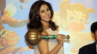 Urmila Matondkar Dances On Lakdi Ki Kaathi - Kids' Favorite
