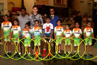 Urvashi Rautela graces the event to establish a world record for hula hooping while roller skating