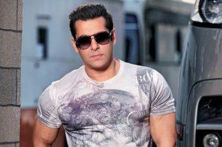 """Whenever I see Om Puri Ji In The Trailer Or The Song It Kills Me"": Salman Khan"