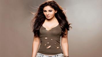 BREAKING Pooja Chopra is the leading lady in Aiyaary