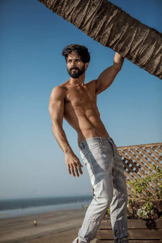 Here's how Shahid Kapoor is staying fit for Padmavati, know all about his diet now-1