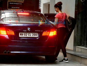 Jacqueline Fernandez snapped post her gym session in Bandra