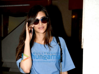 Kriti Sanon snapped post her visit to her doctor in Bandra