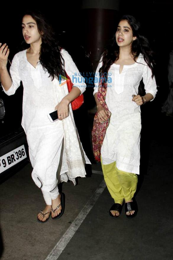 Sara Ali Khan, Jahnavi Kapoor and Sushant Singh Rajput snapped at the airport
