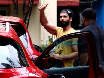 Shahid Kapoor, Mira Rajput & Misha snapped outside their gym in Bandra