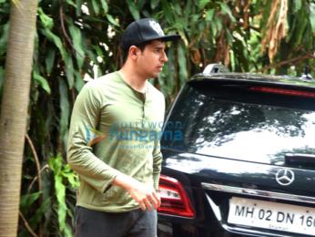 Sidharth Malhotra snapped in Bandra