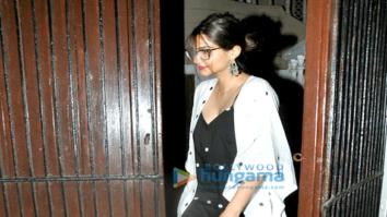 Sonam Kapoor and Raju Hirani snapped in Juhu