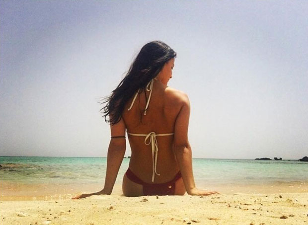 Elli Avram shares bikini pictures and it will make you want to take off for a beachy vacation-1