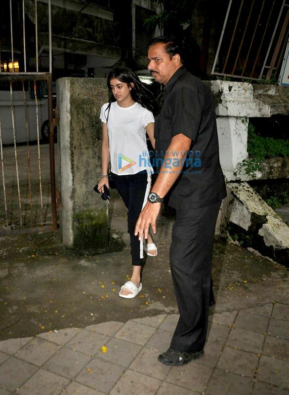 Esha Gupta and Navya Naveli snapped at Kromakay Salon