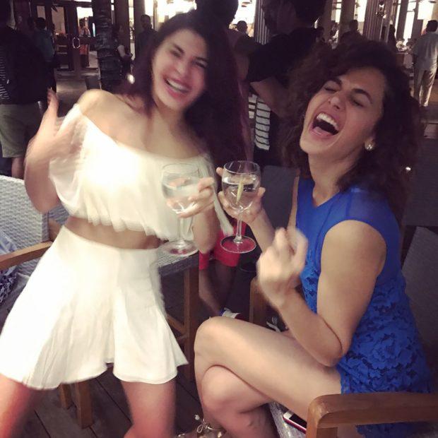 HOTNESS ALERT! Jacqueline Fernandez Posts Fun Pictures