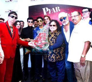 Jeetendra, Shakti Kapoor and others grace the mahurat of 'Pyar Mein Thoda Twist'