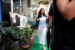 Kajol snapped post her salon session in Bandra