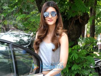 Kriti Sanon snapped post a salon session in juhu