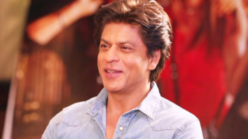 Shah Rukh Khan PLAYS The HILARIOUS Jab Harry MEETS Game videos