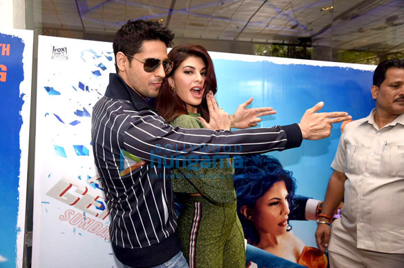 Sidharth Malhotra and Jacqueline Fernandez snapped at the trailer preview of 'A Gentleman'