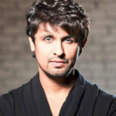 Sonu Nigam pledges Rs. 5 lakhs to braveheart bus driver who drove Amarnath Yatra terror attack victims to safety