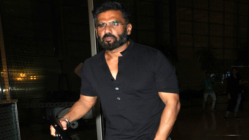 Suniel-Shetty-SPOTTED-At-The-Airport-Leaving-For-IIFA-New-York-2017